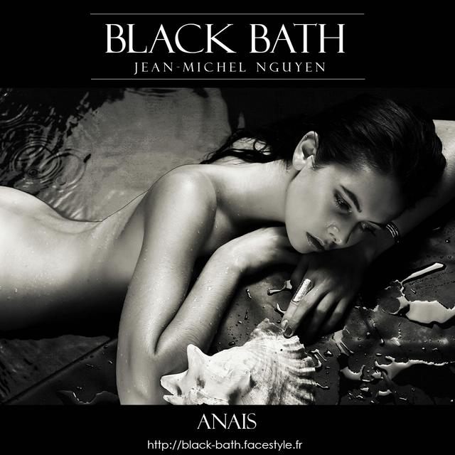 Black Bath - Nude & Beauty - Anais
